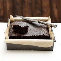 Black sticky ginger bread Gizzi Erskine