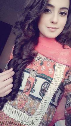 Iqra Aziz Profile, Pictures and Dramas (4)
