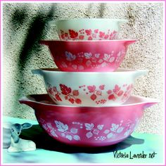 Victoria Lavender Sunny In Tucson: Pyrex Pink and Turquoise Princess Bowl Sets