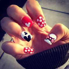Minnie and Mickey nails! Little Girl Braids, Girls Braids, Get Nails, Hair And Nails, Shellac Nails, Nail Polish, Disneyland 2015, Disney Nail Designs, Mickey Nails
