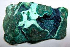 cornetite with malachite and chrysocolla. love the color.