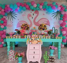 #flamingo #festaflamingos Flamingo Baby Shower, Flamingo Birthday, Flamingo Party, Wild One Birthday Party, 1st Birthday Parties, Birthday Party Decorations, Deco Buffet, Tropical Party, Balloon Garland