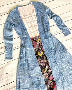 This versatile Perfect T matches perfectly with this floral Cassie & this beautiful blue Sarah to complete a soft spring look. XXS Perfect…