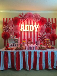 I can say that decorating for Addy's Elmo Carnival Party was one of the most fun parties to decorate for...and also one of the most frus...