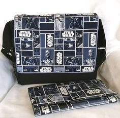Star Wars Classic Blue Diaper Bag/Stroller by GrandmaAndBabyTurtle on Etsy. Made in the USA. Star Citizen, Stroller Bag, Star Wars Baby, Star Wars Characters, Baby Needs, Zipper Bags, Baby Sewing, Jogging, Baby Strollers