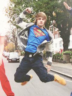 Liam being superman!!:)<3