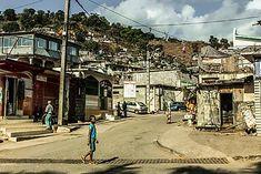 🇰🇲 Les 10 meilleurs endroits à visiter aux Comores 🇰🇲 – Tsilemewa™ Destinations, Site Archéologique, Parc National, Slums, Blog Voyage, Street View, Camping, France, Paris