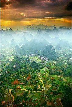Yangshuo, #China http://www.naturescanner.nl/azie/china/activiteiten/guilin/141
