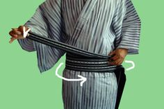 http://www.shimazakura.com/How-to-tie-men-s-obi-s/78.htm
