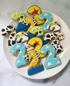 Fête Toy Story, Toy Story Theme, Toy Story Party, Toy Story Food, Toy Story Crafts, Toy Story Birthday Cake, 2nd Birthday Party For Boys, Birthday Cookies, Birthday Ideas