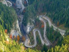 Bicaz Gorge ( or keys) in Transylvania, Romania Red Lake, Carpathian Mountains, The Beautiful Country, Natural Scenery, Beautiful Places To Travel, Places Around The World, Backpacking, Landscape, Roads