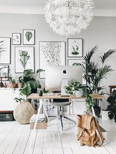 Hello Home Office! New home office ideas for your study space Office Space Decor, Cool Office Space, Home Office Organization, Home Office Design, Office Spaces, Office Designs, Work Spaces, Cute Dorm Rooms, Cool Rooms