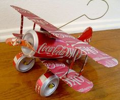 I found this handmade Coca-Cola plane at an estate sale. Recycled Crafts, Diy And Crafts, Crafts For Kids, Recycled Clothing, Recycled Fashion, Bottle Cap Art, Bottle Cap Crafts, Aluminum Can Crafts, Metal Crafts