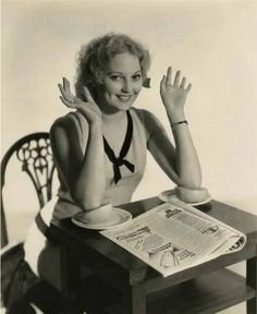 Classic Beauty With Tragic Life: Glamorous Photos of Thelma Todd in the and ~ vintage everyday Classic Movie Stars, Classic Movies, Thelma Todd, Laurel And Hardy, Hooray For Hollywood, Female Actresses, Classic Actresses, Old Hollywood Glamour, Vintage Hollywood