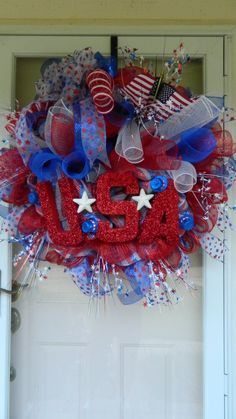 Large Deco Mesh Curly Wreath, in a sparkly Patriotic theme!
