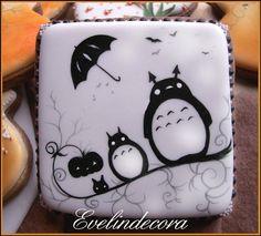 Halloween Totoro cookie