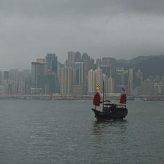 Jonque dans Victoria Bay - Hong Kong
