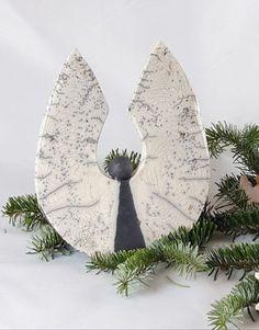 Raku - Nativity Diy How to Make Electric Power Tools, Ceramic Pinch Pots, Diy Nativity, Art Deco Bedroom, Quilling Christmas, Christmas Decorations, Holiday Decor, Own Home, Ceramics