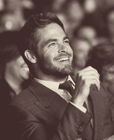 Chris Pine. The scruff with the slightly longer coiffed hair. Sooo. Good.
