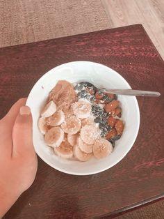 Yogurt snack Yogurt, Cereal, Snacks, Breakfast, Healthy, Food, Morning Coffee, Appetizers, Essen