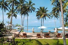 Candi Beach Cottages is een comfortabel en sfeervol hotel in het rustgevende badplaatsje Candidasa. Temidden van een groene omgeving en direct aan een rustig privé strand gelegen. Het hotel biedt vele activiteiten aan zowel in het hotel als in de omgeving. Het uitermate vriendelijke personeel, uitstekende keuken en uitgebreide ontbijtbuffet maken uw vakantie helemaal af!