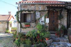 Portugal, Beautiful Places, Outdoor Decor, Road Maps, Granite, Sidewalk, Places, Parks