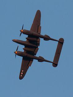 Lockheed P-38 Lightning : Murdered out...K