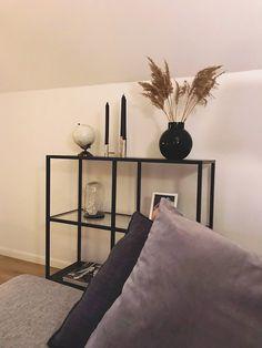 Living Roon, Decor Home Living Room, Home Decor, Home Office Design, Home Interior Design, Desgin, Flur Design, Minimalist Home Interior, Aesthetic Room Decor