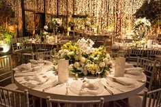 """Yasmin Safra e André Bulgarelli disseram o """"sim"""" em um lindo casamento em São Paulo, na Casa Fasano. Cristiane Pileggi cuidou da assessoria da festa."""
