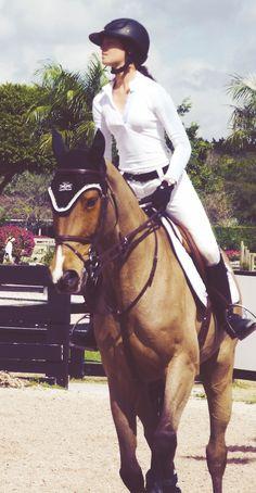 kessler Cute Horses, Funny Horses, Pretty Horses, Horse Love, Beautiful Horses, Equestrian Outfits, Equestrian Style, Horse Fashion, Poney