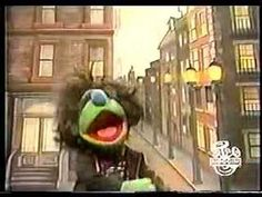 Sesame Street - Life In The Country And The City - I use this video when I teach about city and country in kindergarten Charlotte's Clips http://pinterest.com/kindkids/
