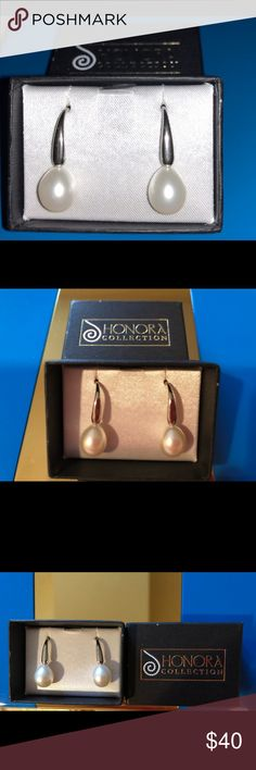 Honora Pearl Collection- Silver Earrings The Beautiful set of silver earrings with pearls will be a good addition to your formal dinner or a party as well as a casual meeting with girlfriends at Sunday brunch. Although It does not have a tag and a box is open, the earrings have never been worn and its in excellent condition. Honora Collection Other