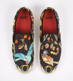 Celeb Stylist @robertverdi asked Vans to take his vintage Hermes scarves & make some custom Vans for him. - Note, this isn't an Hermes/Vans collab.