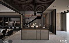 現代風的裝潢圖片為惹雅國際設計(前惹空間設計事務所)的設計作品,該設計案例是一間新成屋(5年以下)總坪數為130,格局為四房,更多惹雅國際設計(前惹空間設計事務所)設計案例作品都在設計家 Searchome