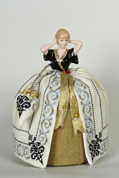 Giulia Punti Antichi - Alayne - 2012 New Year Pincushion Doll - [en]What's new - Designs
