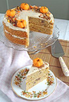 Pumpkin & Orange Cake with Cinnamon Mascarpone Icing Cake Recipes Uk, Pumpkin Cake Recipes, Fall Recipes, Baking Recipes, Beautiful Cakes, Amazing Cakes, Autumn Tea, Autumn Cake, Autumn Harvest