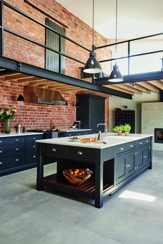 Industrial Style Shaker Kitchen Keep coming back to this look. Industrial Style Shaker Kitchen Keep coming back to this look. Industrial Kitchen Design, Industrial House, Modern Kitchen Design, Industrial Lighting, Kitchen Lighting, Industrial Furniture, Industrial Office, Modern Lighting, Industrial Kitchens
