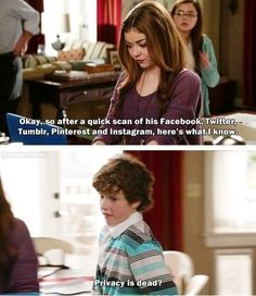 Modern family is the best show ever Haley Modern Family, Modern Family Quotes, Modern Family Funny, Big Bang Theory, Fandoms, Have A Laugh, Look At You, Just For Laughs, Best Tv