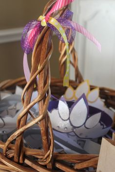 """Crafty Texas Girls: Crafty How-To: """"Tangled"""" Rapunzel Movie Party"""