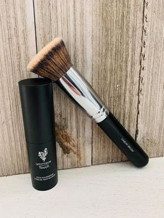 Beauty Kabuki Brush, Younique Stick Foundation Wedding Favors Everyone Will Love Article Body: It is Contouring And Highlighting, Beauty Bar, Beauty Makeup, Younique Touch, Makeup Younique, Younique Presenter, Concealer Brush, Makeup Rooms, Beauty Products