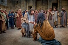 Back to Bible Images—The Life of Jesus Christ Pictures Of Jesus Christ, Bible Pictures, Church Pictures, Temple Pictures, Christian Images, Christian Art, Jesus Heals, Jesus Painting, Bible Illustrations