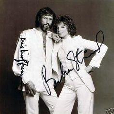 Barbra Streisand & Kris Kristofferson in A Star is Born Kris Kristofferson Children, Singing Career, Love Film, Barbra Streisand, Robert Redford, Country Music Singers, A Star Is Born, Drama Film, Celebs
