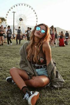 I'd rather be at Coachella. on We Heart It I'd rather be at Coachella. on We Heart It I'd rather be at Coachella. on We Heart It The post I'd rather be at Coachella. on We Heart It appeared first on New Ideas. Summer Music Festivals, Music Festival Outfits, Music Festival Fashion, Fashion Music, 90s Fashion, Music Festival Style, Summer Festival Outfits, Boho Festival Makeup, Casual Festival Outfit