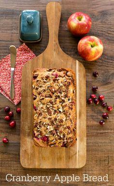 Cranberry Apple Bread Recipe | http://www.ihearteating.com | #thanksgiving #breakfast