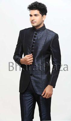 Majestic Jodhpuri Suit. Item code: TSJ4071 https://twitter.com/bharatplaza_in  https://www.facebook.com/bharatplazaindianbridal