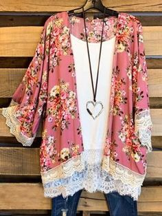 Long Sleeve Floral Outerwear is fashionable and cheap, come to Anniecloth to find out about the Clothing Looks Plus Size, Look Plus, Plus Size Tops, Plus Size Women, Mode Outfits, Stylish Outfits, Fashion Outfits, Womens Fashion, Fashion Trends