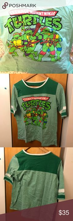 Vintage Teenage Mutant Ninja Turtles Tee Vintage TEENAGE MUTANT NINJA TURTLES short sleeved tee, KIDS' size XL (age 15-17), aka will fit loose for a small, normal for a medium, and fitted for a large.  V fun, v cute. 🐢 Nickelodeon Tops Tees - Short Sleeve