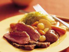 Slow Cooker Old-World Corned Beef and Vegetables #StPatricksDay