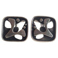 Rare Everett MacDonald Abstract Sterling Silver Cufflinks | From a unique collection of vintage cufflinks at https://www.1stdibs.com/jewelry/cufflinks/cufflinks/