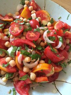 Living in Sin: Meatless Monday - Chickpea tomato salad with grilled veggies & romesco sauce